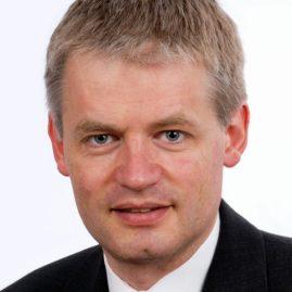 Dr. Ulrich Hueck